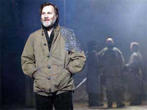 David Morrissey playing Macbeth at The Everyman