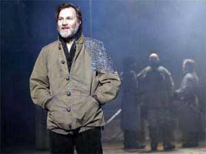 David Morrissey playing Macbeth at The Everyman
