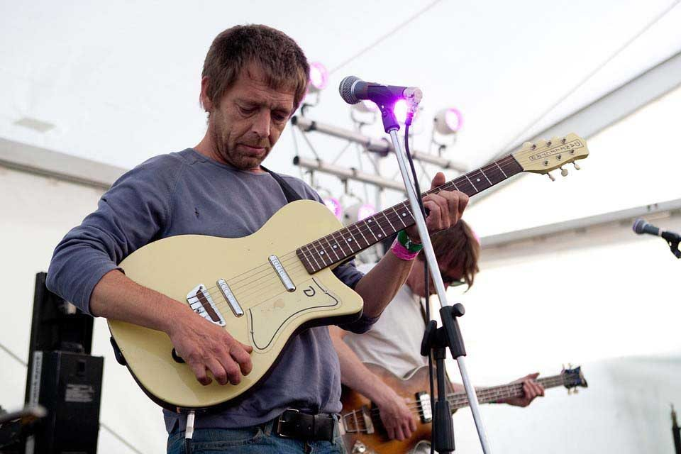 Lee Mavers at Kendal Calling, 2011. Pic: http://photos.kendalcalling.co.uk