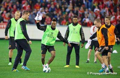 Sterling in LFC's open training session at Melbourne's MCG (Pic: David Rawcliffe)