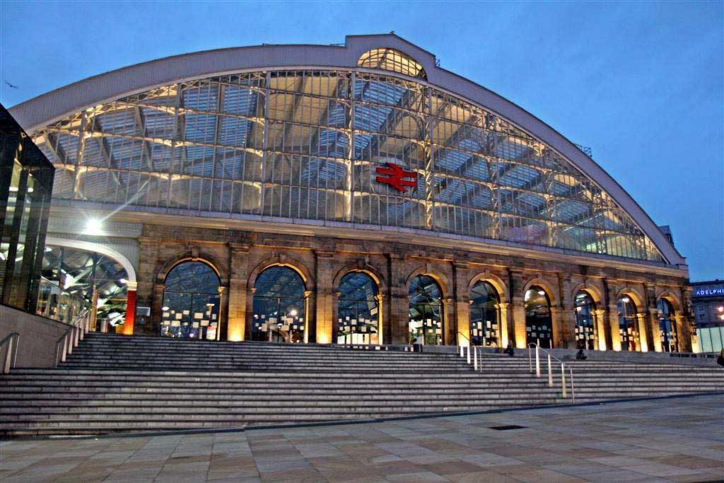 Liverpool_Lime_Street_Railway_Station_(geograph_2973908)