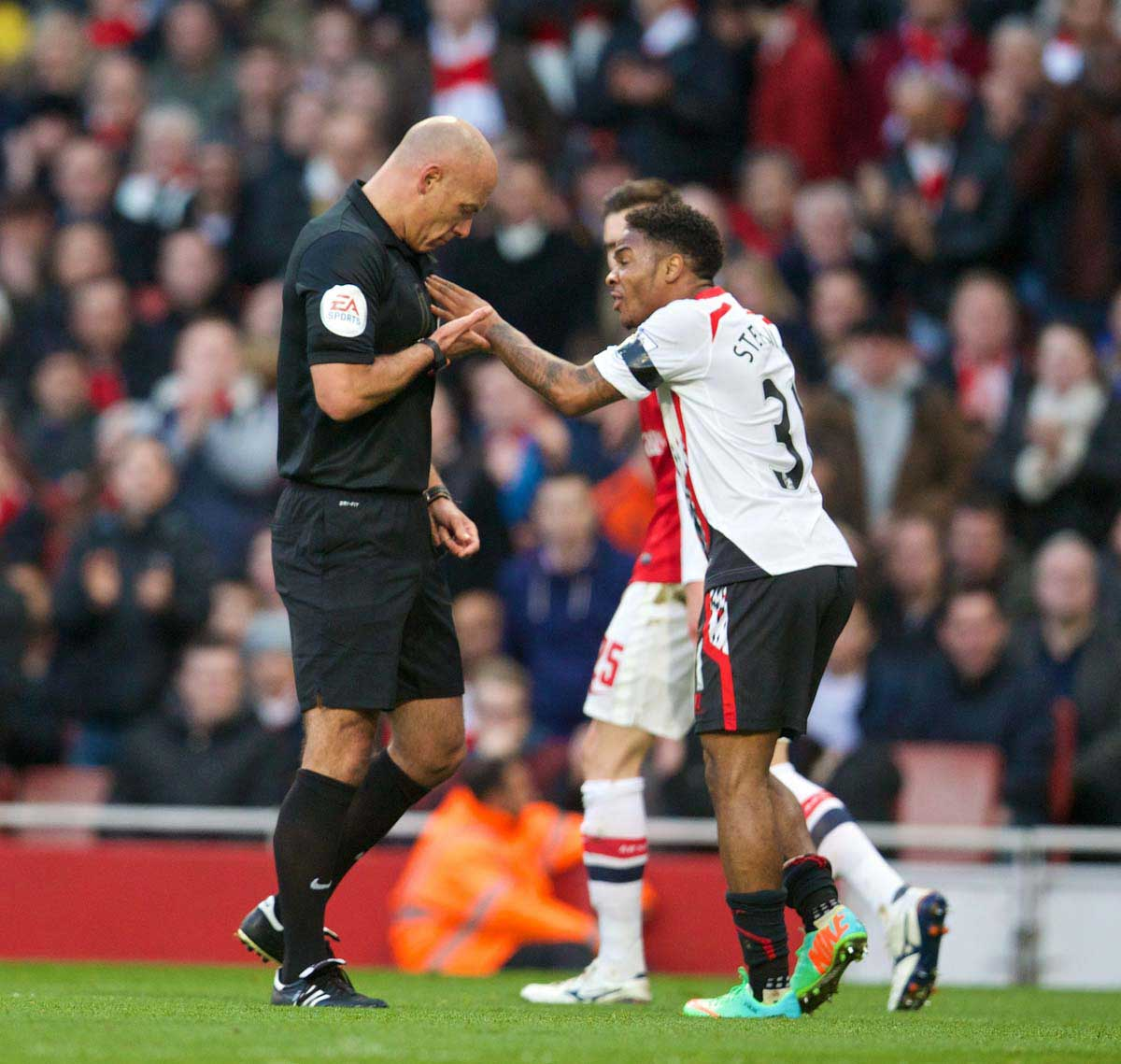 THAT REFEREES FAVOUR SMALLER PLAYERS IS NO TALL STORY