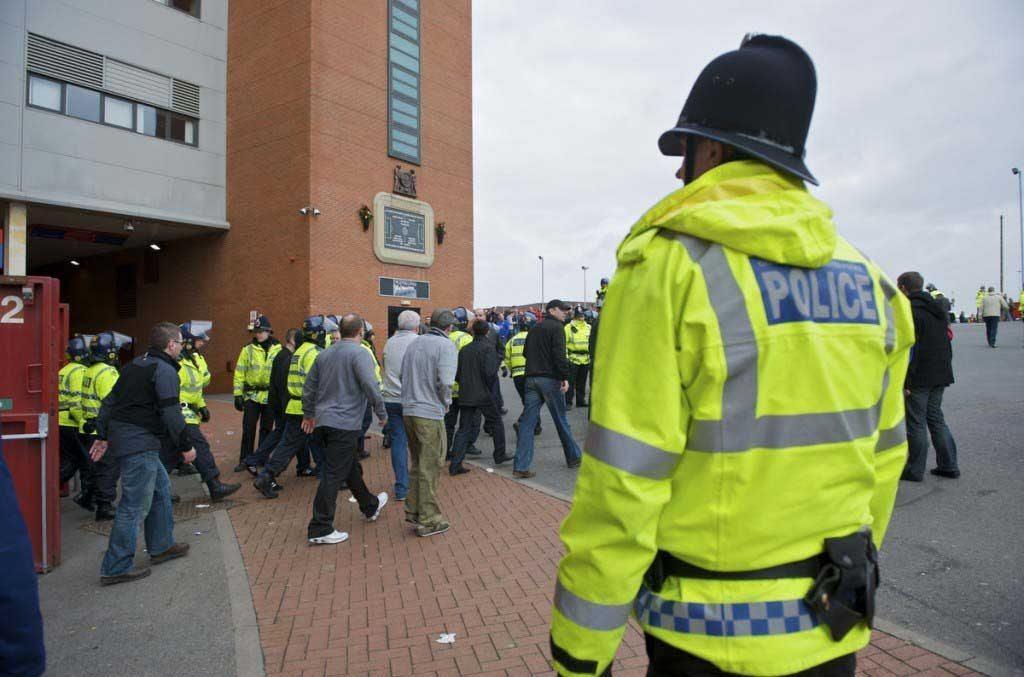 Football - FA Premier League - Manchester United FC v Liverpool FC