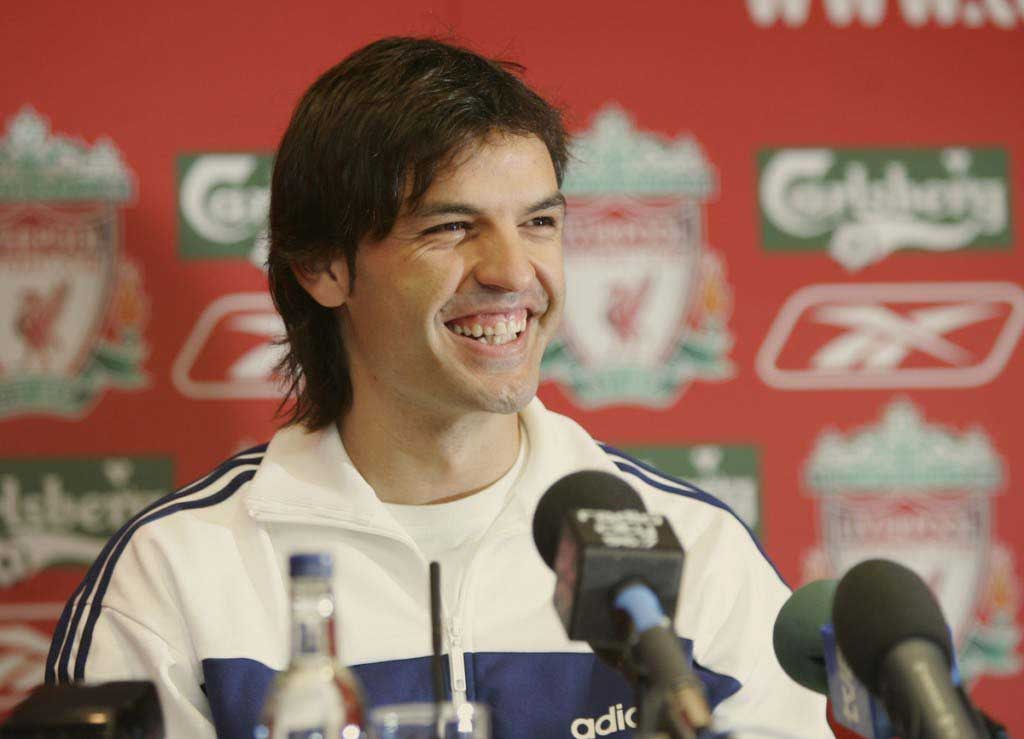 Liverpool Sign Fernando Morientes