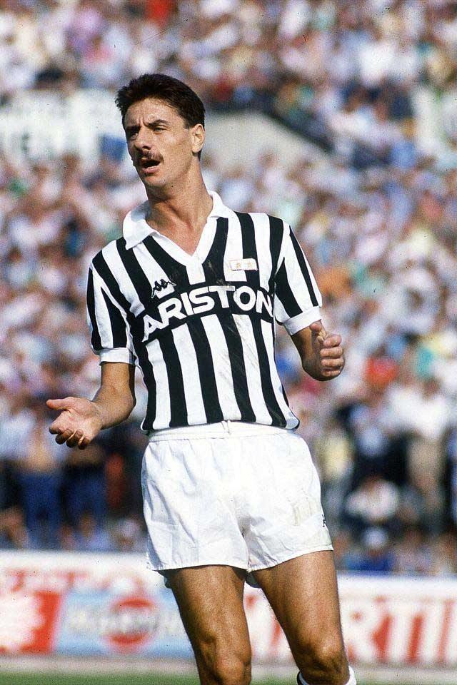 Ian_Rush_-_Juventus_1987-88