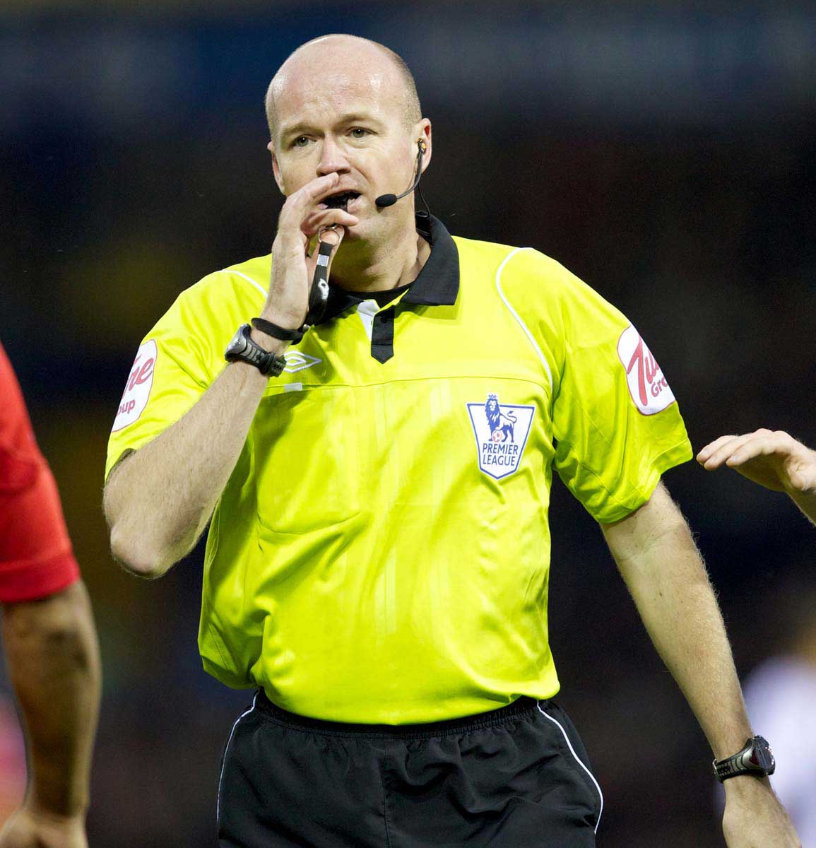 REFEREES: WHY DOES THE GAME DO SWEET FA ABOUT FAILING OFFICIALS?