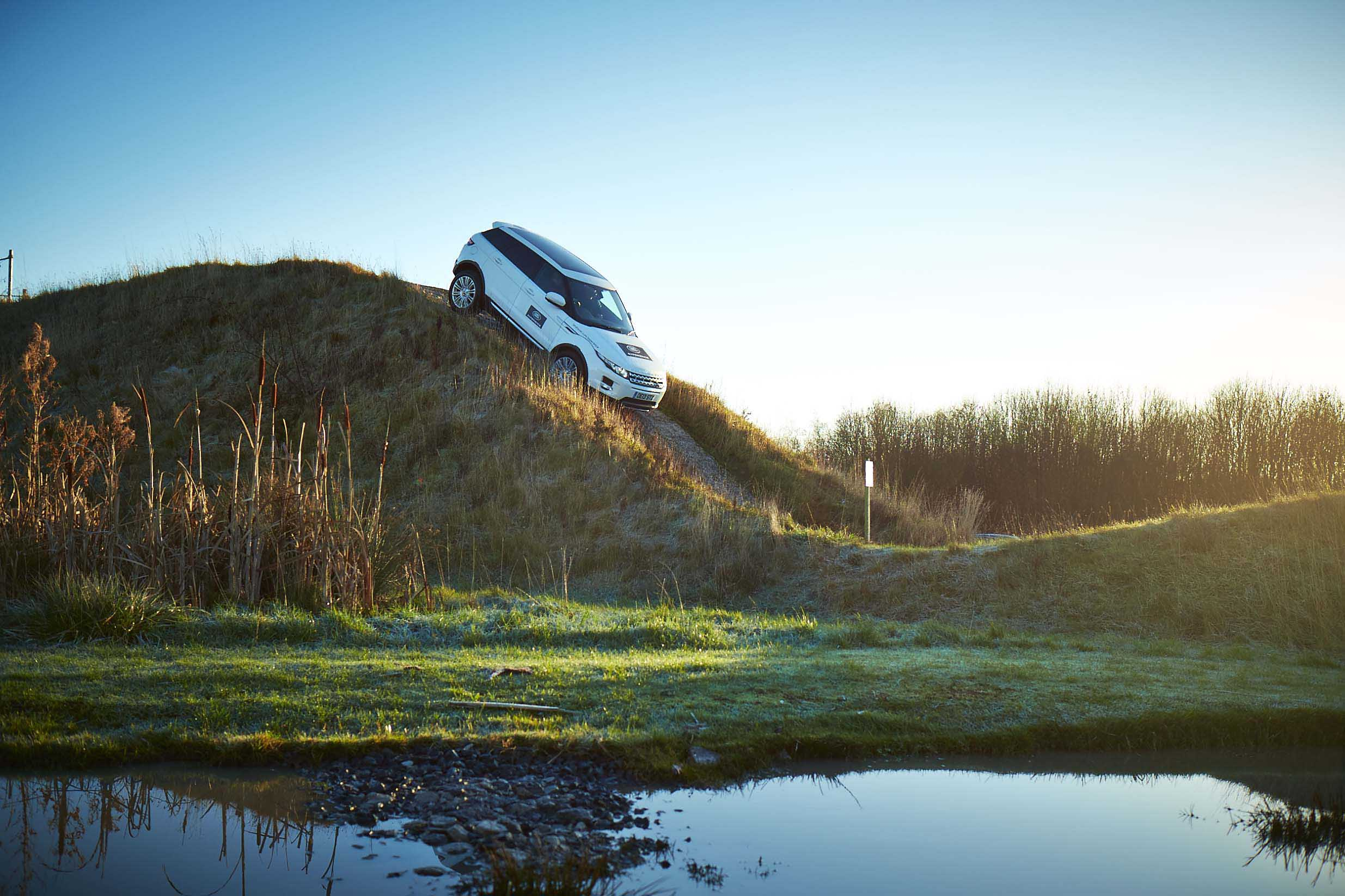 Book a Land Rover Experience This Christmas