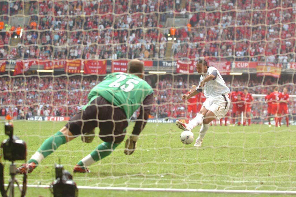 Pepe Reina saves Penalty to win FA Cup