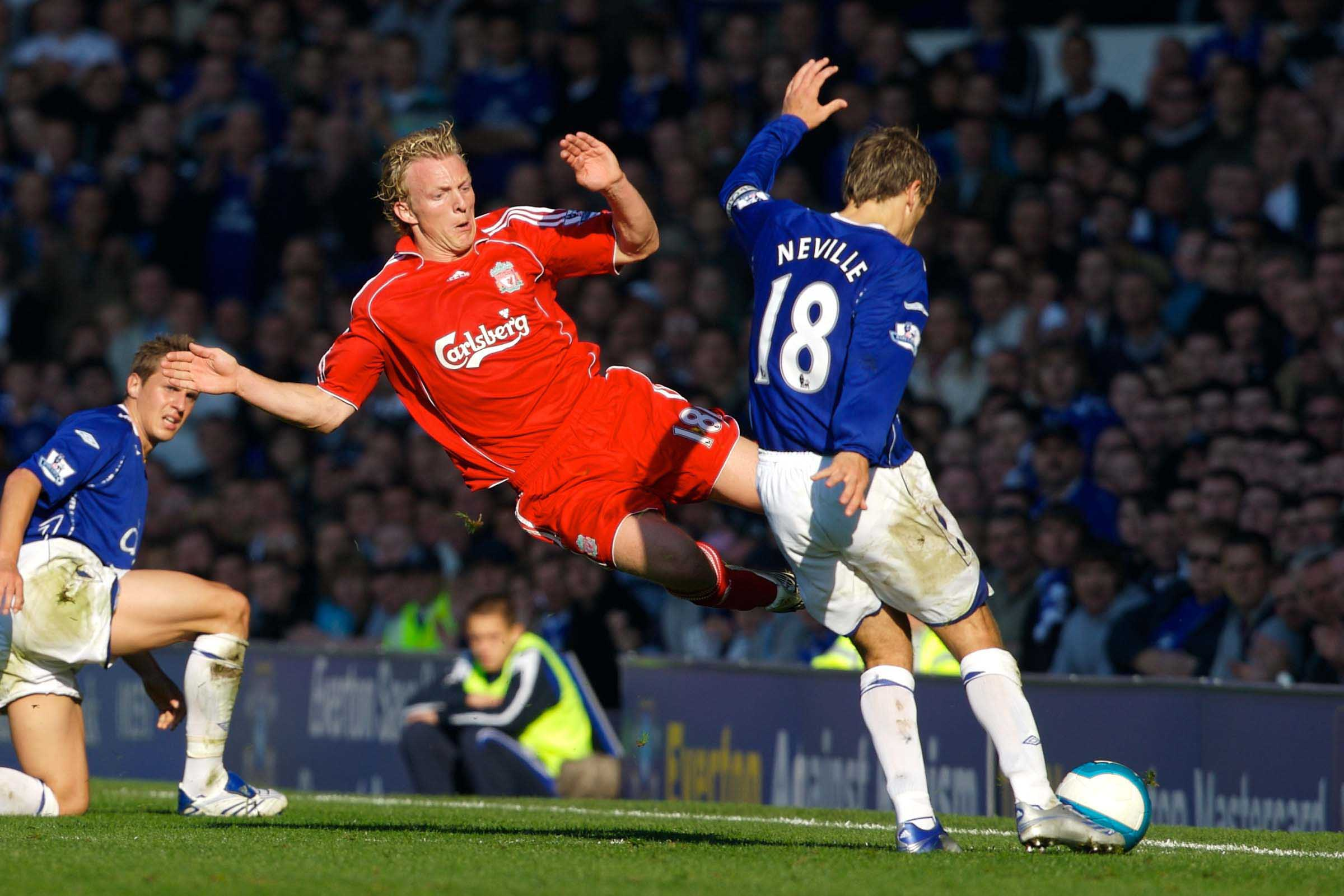 Picture It 10 Of The Best From The Merseyside Derby The Anfield Wrap