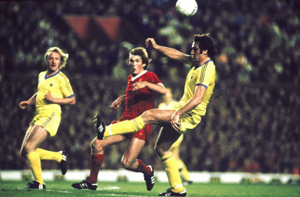 Soccer - European Cup - First Round Second Leg - Liverpool v Nottingham Forest