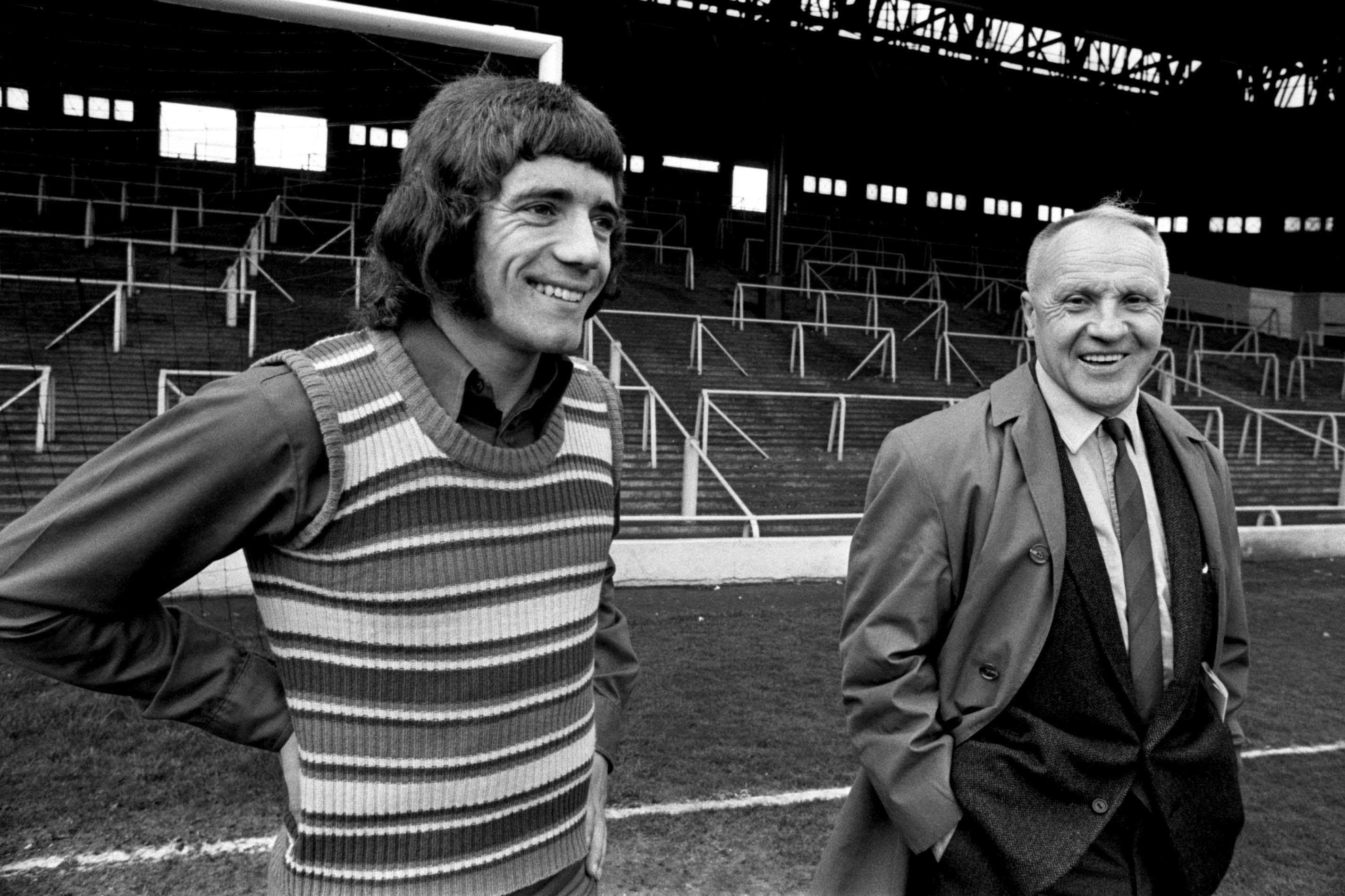 Soccer - Kevin Keegan Signs For Liverpool