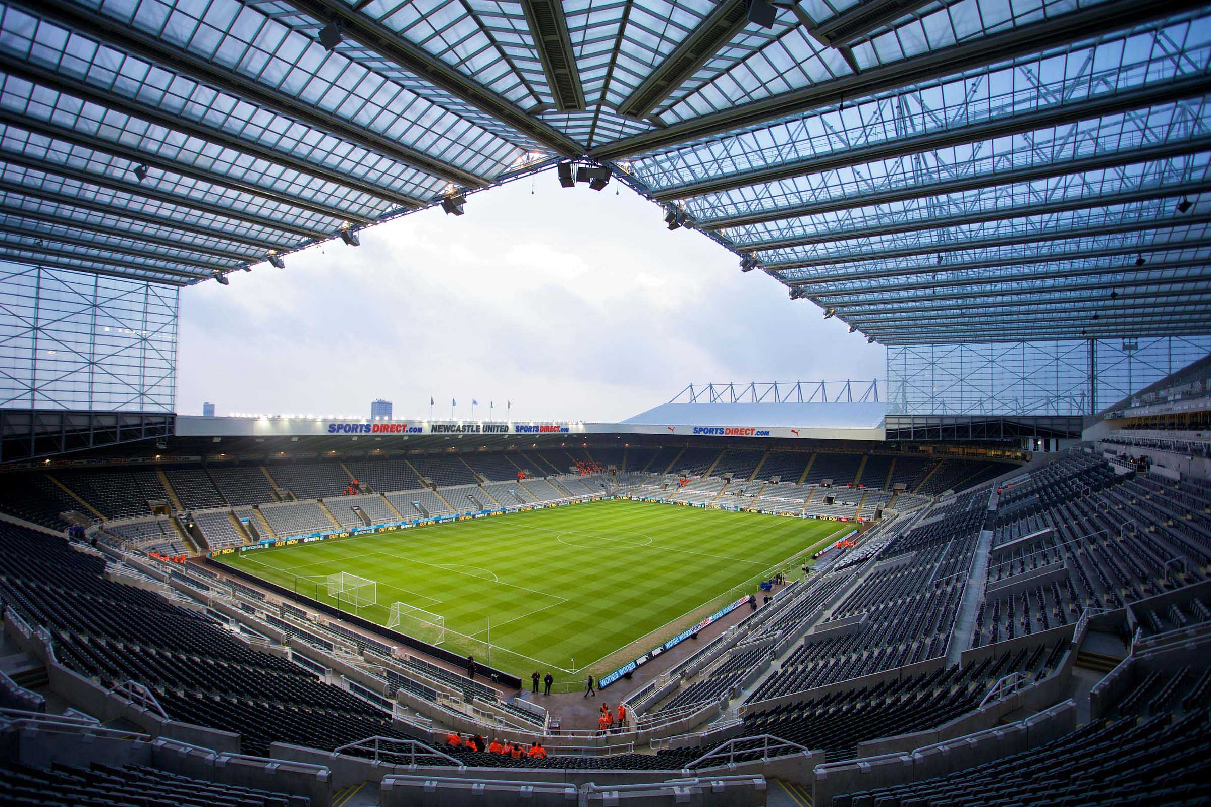 Football - FA Premier League - Newcastle United FC v Everton FC