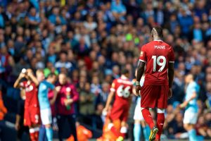 MANCHESTER, ENGLAND - Saturday, September 9, 2017: Liverpool's Sadio Mane looks dejected after being sent off during the FA Premier League match between Manchester City and Liverpool at the City of Manchester Stadium. (Pic by David Rawcliffe/Propaganda)