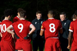 BLACKBURN, ENGLAND - Saturday, January 6, 2018: Liverpool's Under-18 manager Steven Gerrard gives a half-time team-talk during an Under-18 FA Premier League match between Blackburn Rovers FC and Liverpool FC at Brockhall Village Training Ground. (Pic by David Rawcliffe/Propaganda)