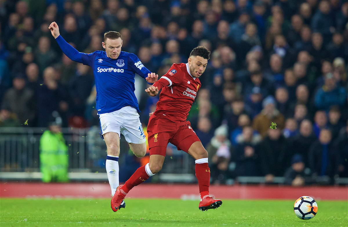 LIVERPOOL, ENGLAND - Friday, January 5, 2018: Liverpool's Alex Oxlade-Chamberlain and Everton's Wayne Rooney during the FA Cup 3rd Round match between Liverpool FC and Everton FC, the 230th Merseyside Derby, at Anfield. (Pic by David Rawcliffe/Propaganda)