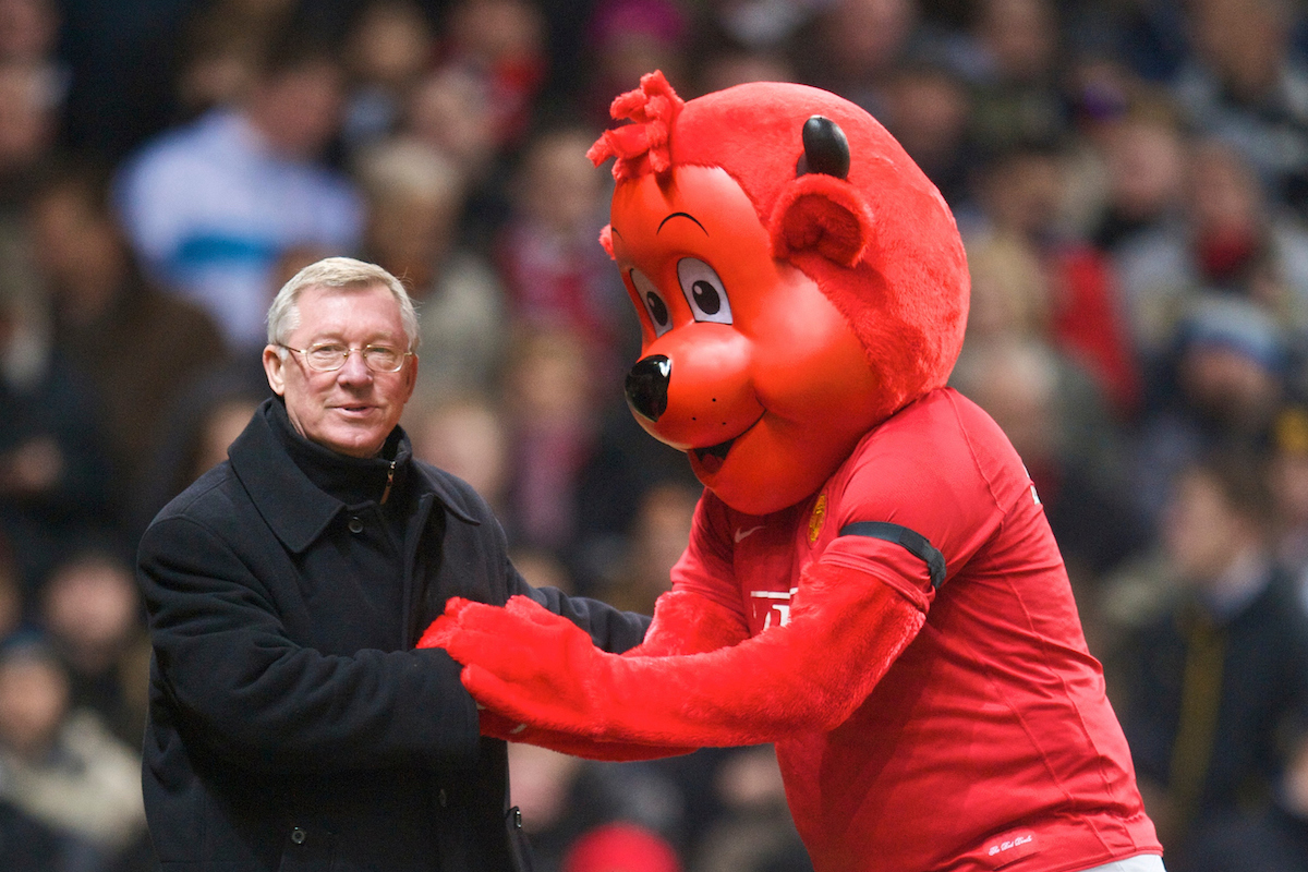 MANCHESTER, ENGLAND - Saturday, January 31, 2009: Manchester United's manager Alex Ferguson with mascot Fred the Red during the Premiership match against Everton at Old Trafford. (Mandatory credit: David Rawcliffe/Propaganda)
