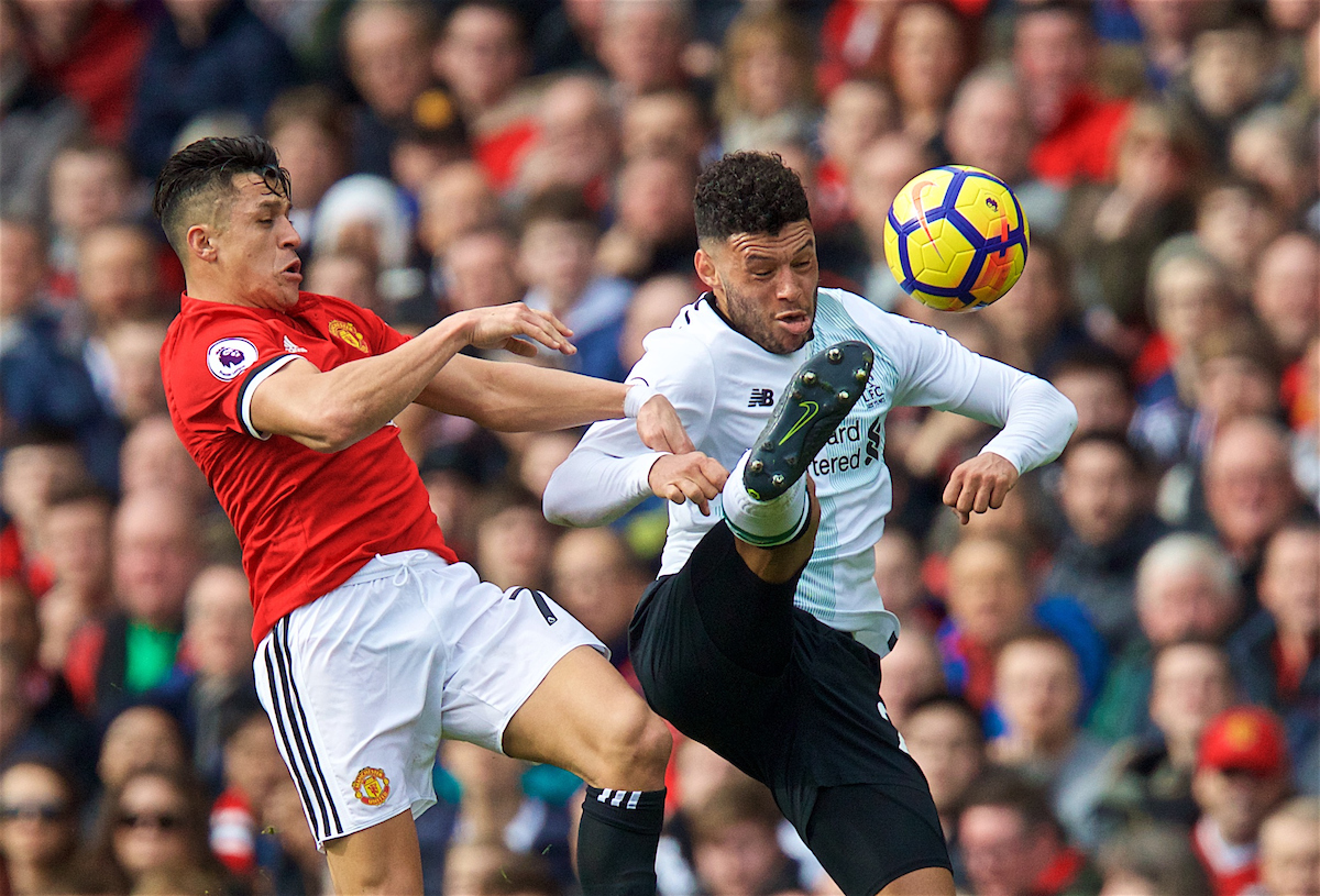 MANCHESTER, ENGLAND - Saturday, March 10, 2018: Liverpool's Alex Oxlade-Chamberlain and Manchester United's Alexis Sánchez during the FA Premier League match between Manchester United FC and Liverpool FC at Old Trafford. (Pic by David Rawcliffe/Propaganda)