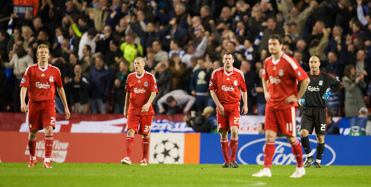 LIVERPOOL, ENGLAND - Wednesday, April 8, 2009: Liverpool's players look dejected after Chelsea score the third goal during the UEFA Champions League Quarter-Final 1st Leg match at Anfield. L-R: Lucas Leiva, Martin Skrtel, Jamie Carragher, Albert Riera and goalkeeper Pepe Reina. (Photo by David Rawcliffe/Propaganda)