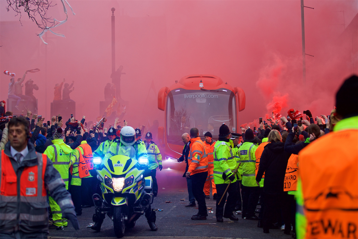 LIVERPOOL, ENGLAND - Wednesday, April 4, 2018: Liverpool supporters give a warm welcome to the team coach as they arrive before the UEFA Champions League Quarter-Final 1st Leg match between Liverpool FC and Manchester City FC at Anfield. (Pic by David Rawcliffe/Propaganda)