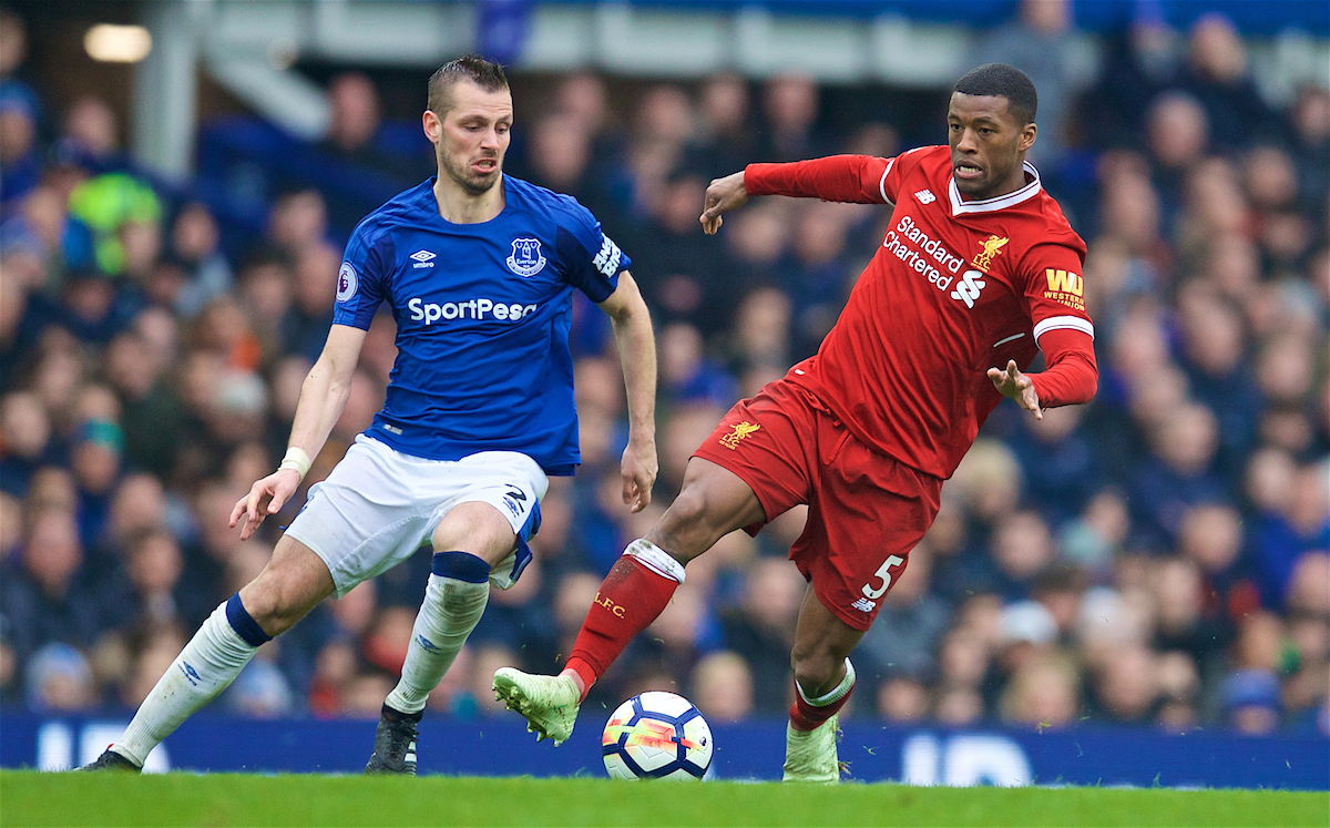 LIVERPOOL, ENGLAND - Saturday, April 7, 2018: Liverpool's Georginio Wijnaldum and Everton's Morgan Schneiderlin during the FA Premier League match between Everton and Liverpool, the 231st Merseyside Derby, at Goodison Park. (Pic by David Rawcliffe/Propaganda)