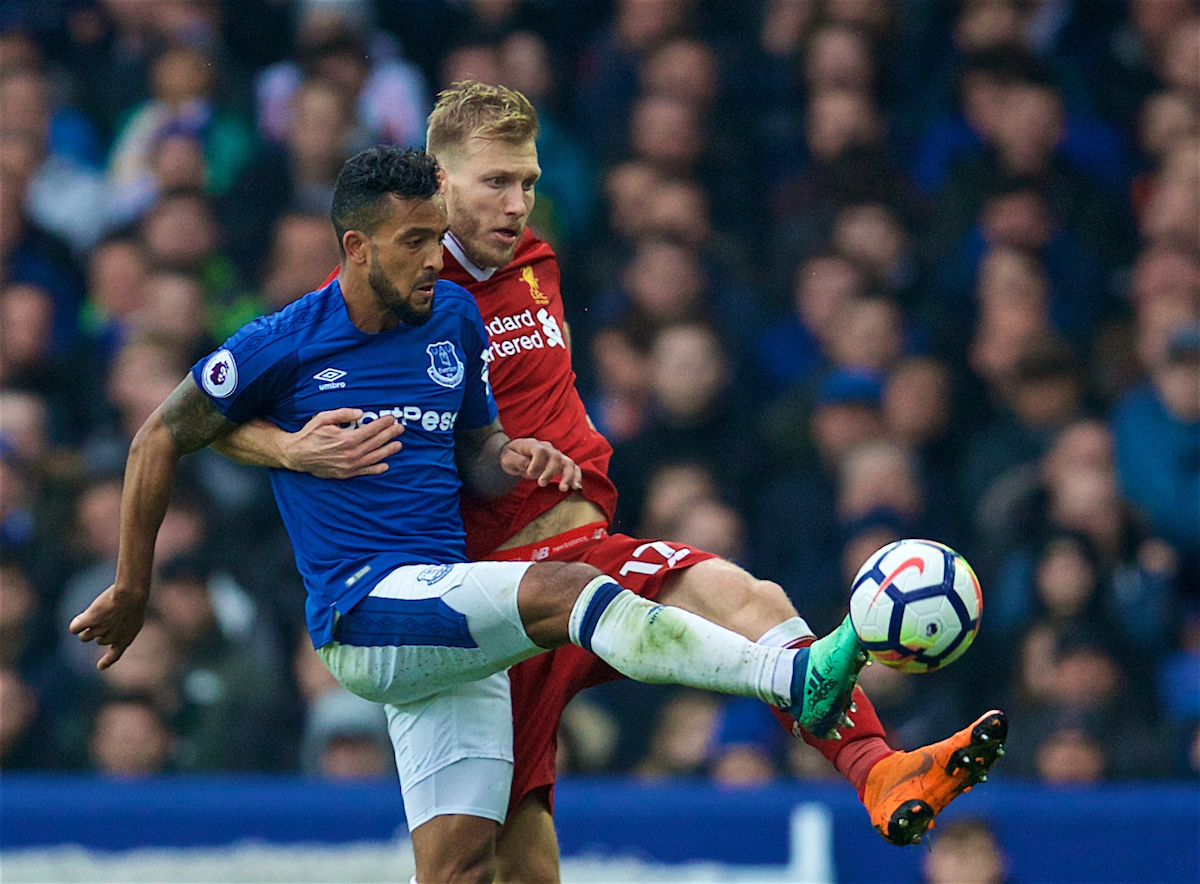 LIVERPOOL, ENGLAND - Saturday, April 7, 2018: Liverpool's Ragnar Klavan and Everton's Theo Walcott during the FA Premier League match between Everton and Liverpool, the 231st Merseyside Derby, at Goodison Park. (Pic by David Rawcliffe/Propaganda)
