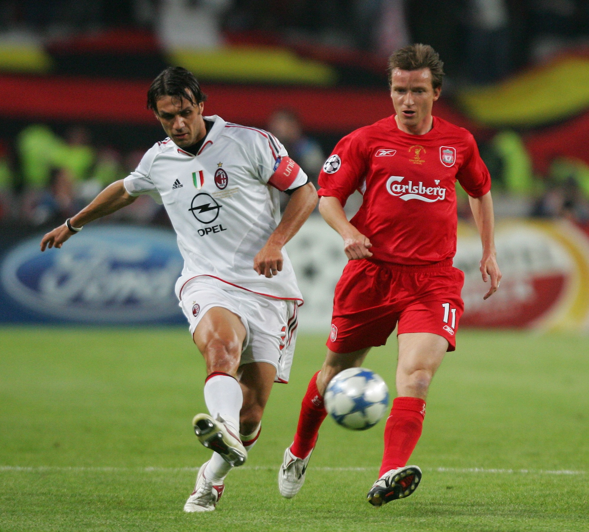 ISTANBUL, TURKEY - WEDNESDAY, MAY 25th, 2005: Liverpool's Vladimir Smicer and AC Milan's Paulo Maldini during the UEFA Champions League Final at the Ataturk Olympic Stadium, Istanbul. (Pic by David Rawcliffe/Propaganda)