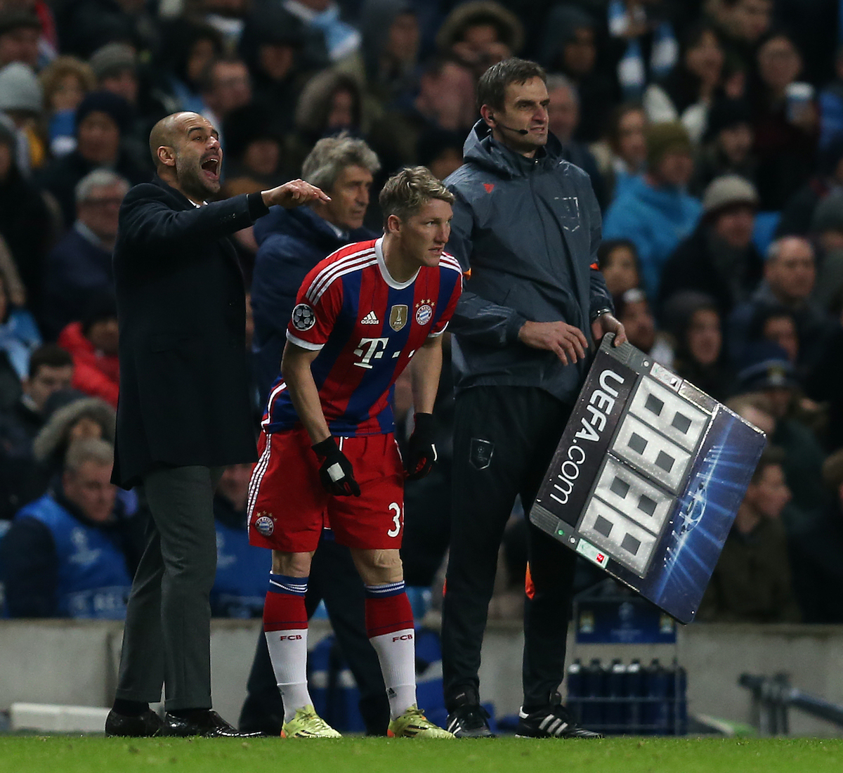 MANCHESTER, ENGLAND - Tuesday, November 25, 2014: Bayern Munich manager Pep Guardiola gestures from the touchline during the UEFA Champions League Group E match at the City of Manchester Stadium. (Pic by Chris Brunskill/Propaganda)