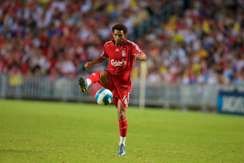 Hong Kong, China - Friday, July 27, 2007: Liverpool's Jermaine Pennant in action against Portsmouth during the final of the Barclays Asia Trophy at the Hong Kong Stadium. (Photo by David Rawcliffe/Propaganda)