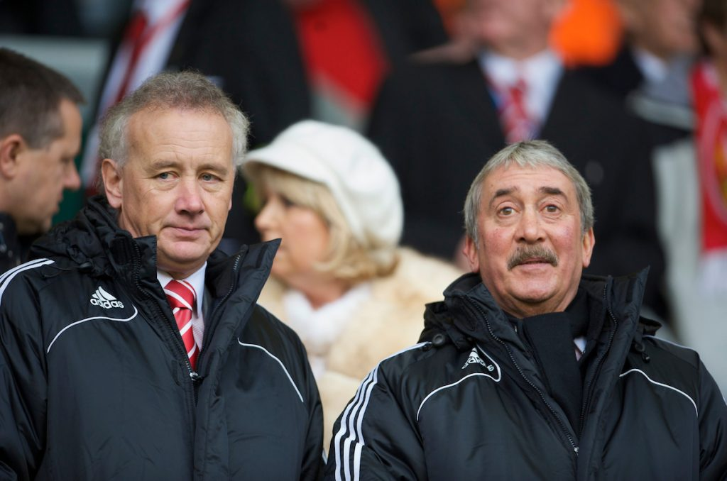 LIVERPOOL, ENGLAND - Saturday, November 22, 2008: Liverpool's Honorary Life President David Moores (R) and Chief-Executive Rick Parry during the Premiership match at Anfield. (Photo by David Rawcliffe/Propaganda)