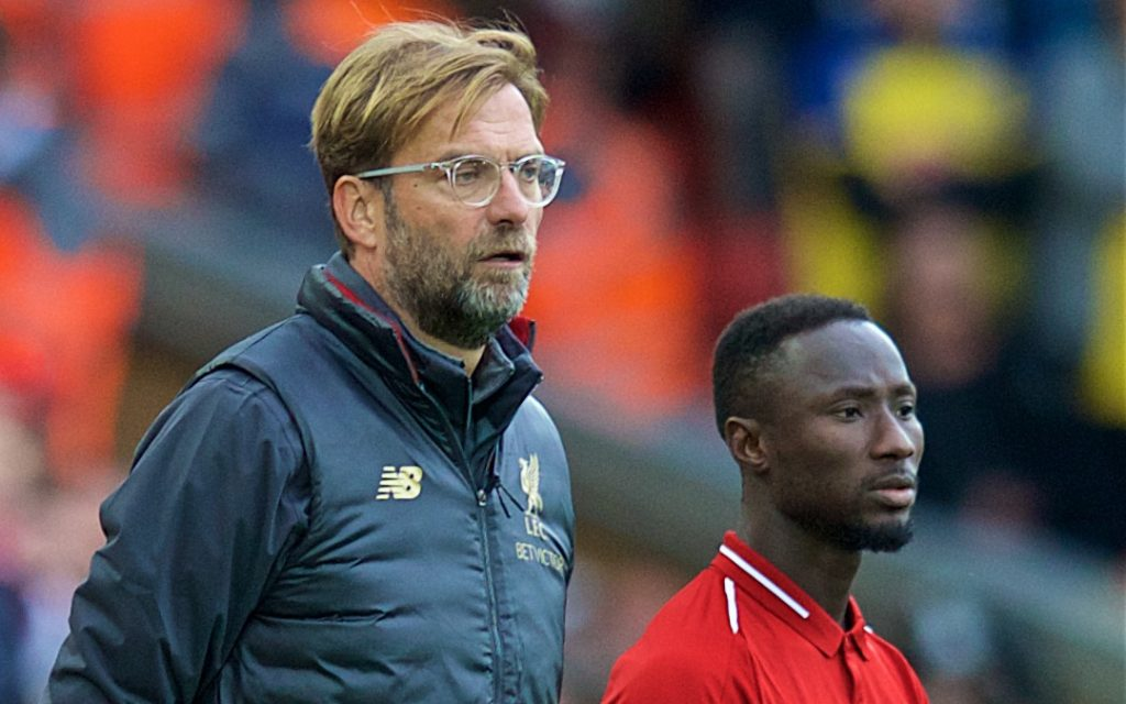 LIVERPOOL, ENGLAND - Saturday, September 22, 2018: Liverpool's manager J¸rgen Klopp prepares to bring on substitute Naby Keita during the FA Premier League match between Liverpool FC and Southampton FC at Anfield. (Pic by Jon Super/Propaganda)