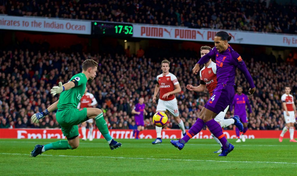 LONDON, ENGLAND - Saturday, November 3, 2018: Arsenal's goalkeeper Bernd Leno (L) makes a save from Liverpool's captain Virgil van Dijk during the FA Premier League match between Arsenal FC and Liverpool FC at Emirates Stadium. (Pic by David Rawcliffe/Propaganda)