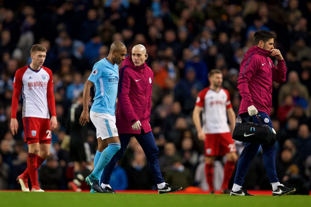 MANCHESTER, ENGLAND - Wednesday, January 31, 2018: Manchester City's Fernando Luiz Roza 'Fernandinho' walks off injured during the FA Premier League match between Manchester City FC and West Bromwich Albion FC at the City of Manchester Stadium. (Pic by David Rawcliffe/Propaganda)