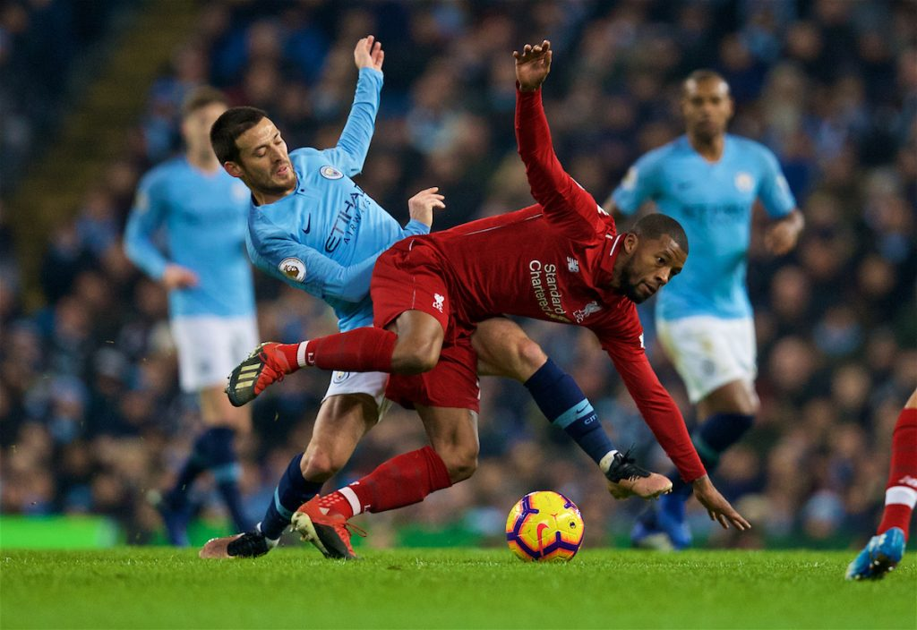 MANCHESTER, ENGLAND - Thursday, January 3, 2019: Manchester City's David Silva (L) and Liverpool's Georginio Wijnaldum during the FA Premier League match between Manchester City FC and Liverpool FC at the Etihad Stadium. (Pic by David Rawcliffe/Propaganda)