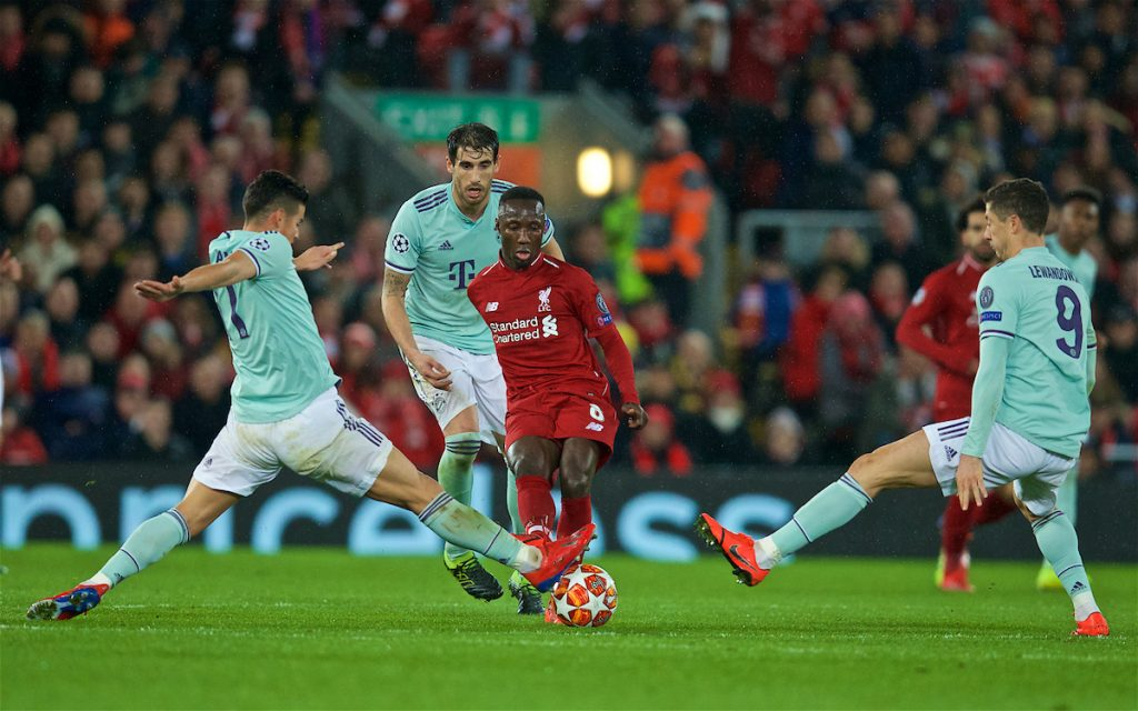 LIVERPOOL, ENGLAND - Tuesday, February 19, 2019: Liverpool's Naby Keita (C) evades the challenge of two FC Bayern Munich players during the UEFA Champions League Round of 16 1st Leg match between Liverpool FC and FC Bayern München at Anfield. (Pic by David Rawcliffe/Propaganda)