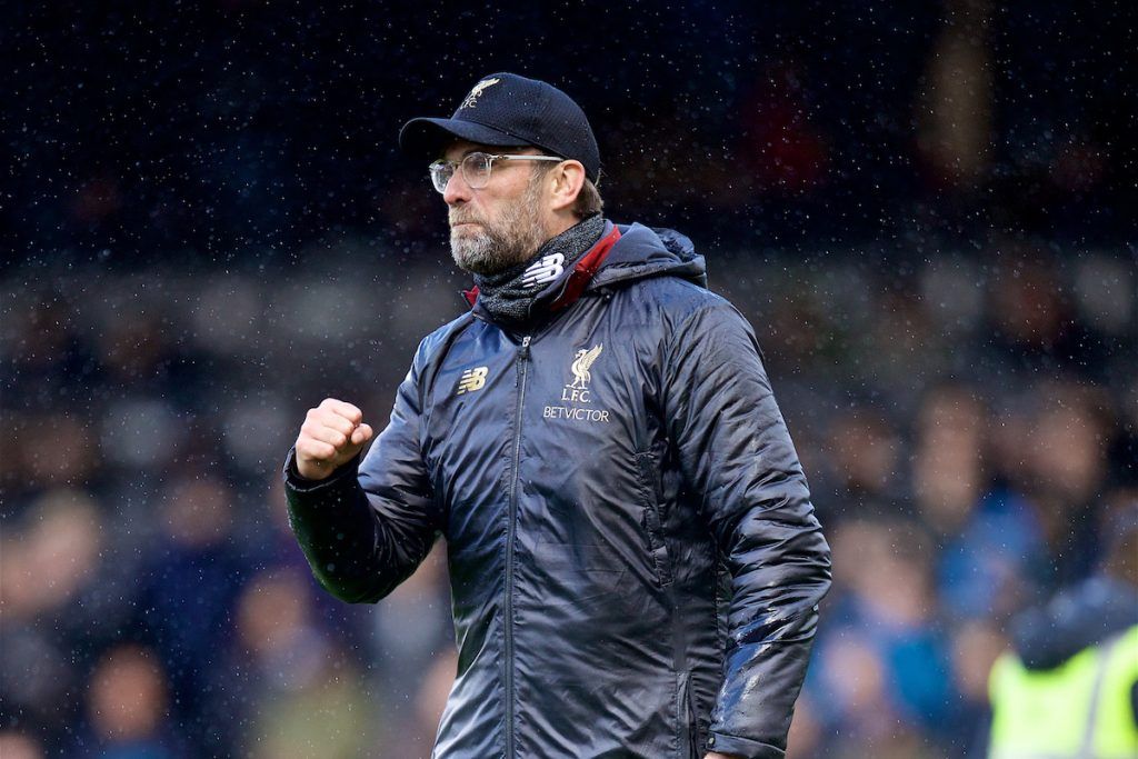 LONDON, ENGLAND - Sunday, March 17, 2019: Liverpool's manager J¸rgen Klopp celebrates 2-1 victory over Fulham after the FA Premier League match between Fulham FC and Liverpool FC at Craven Cottage. (Pic by David Rawcliffe/Propaganda)