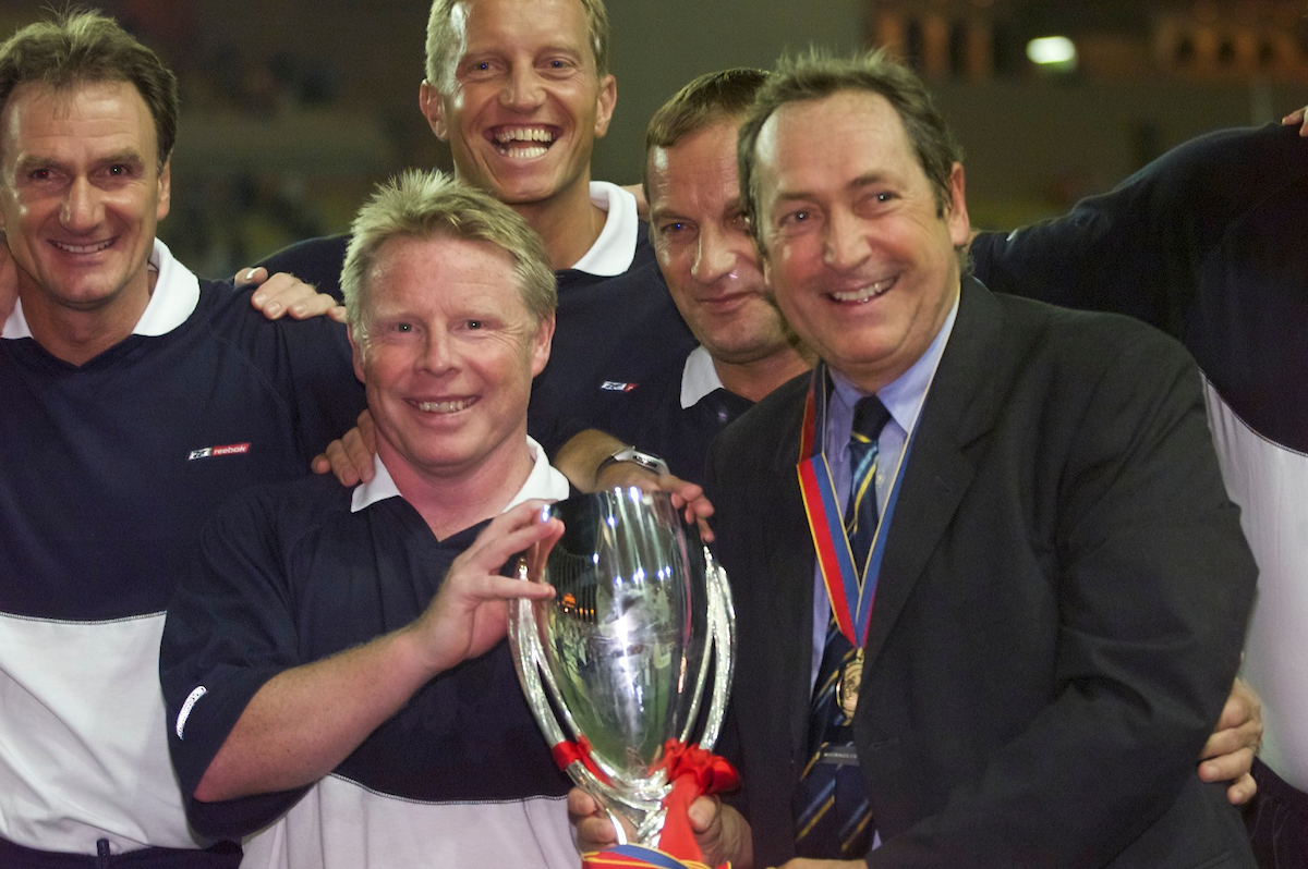 MONACO, FRANCE - Friday, August 24, 2001: Liverpool's management team L-R: Phil Thompson (assistant manager), Sammy Lee (coach), Dave Galley (physio), Jaques Crovesier (coach), Gerard Houllier (manager) with the UEFA Super Cup trophy after beating Bayern Munich 3-2 at the Stade Louis II in Monaco. (Pic by David Rawcliffe/Propaganda)