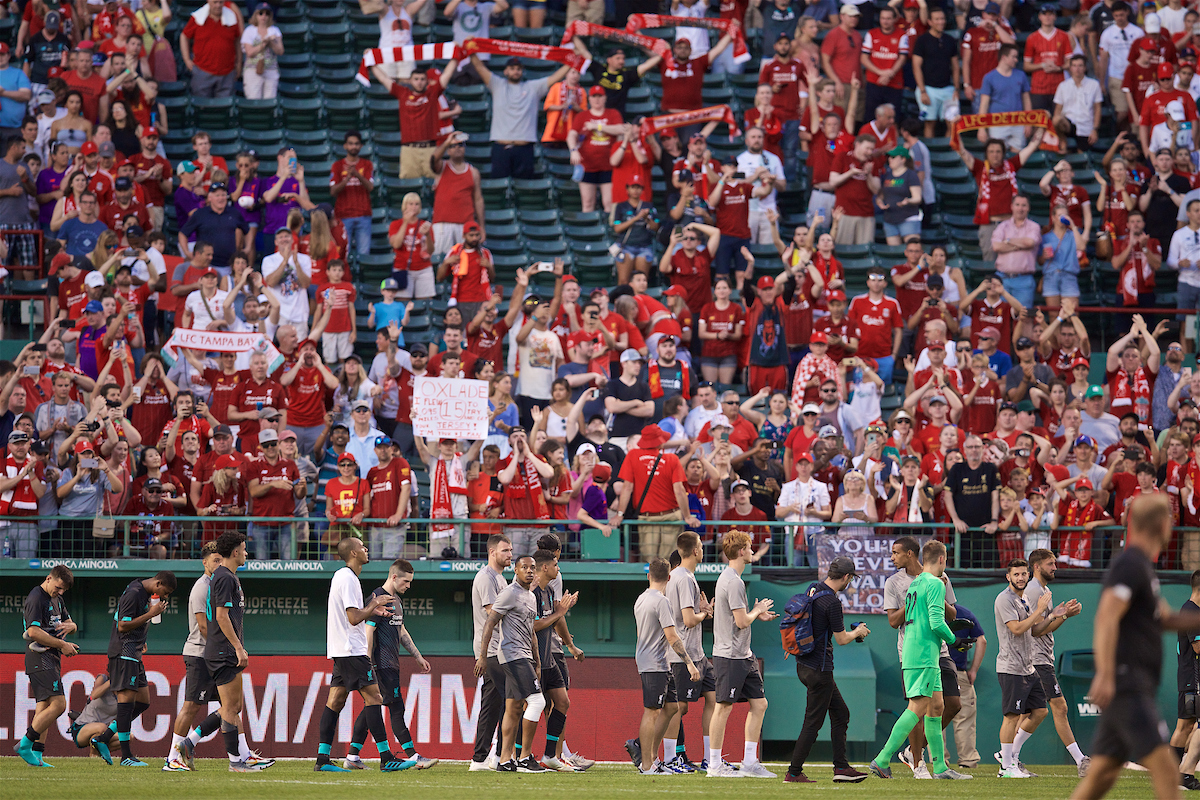 BOSTON, MASSACHUSETTS, USA - Sunday, July 21, 2019: Liverpool players applaud the supporters on a lap of honour after a friendly between Liverpool FC and Sevilla FC at Fenway Park on day six of the club's pre-season tour of America. (Pic by David Rawcliffe/Propaganda)