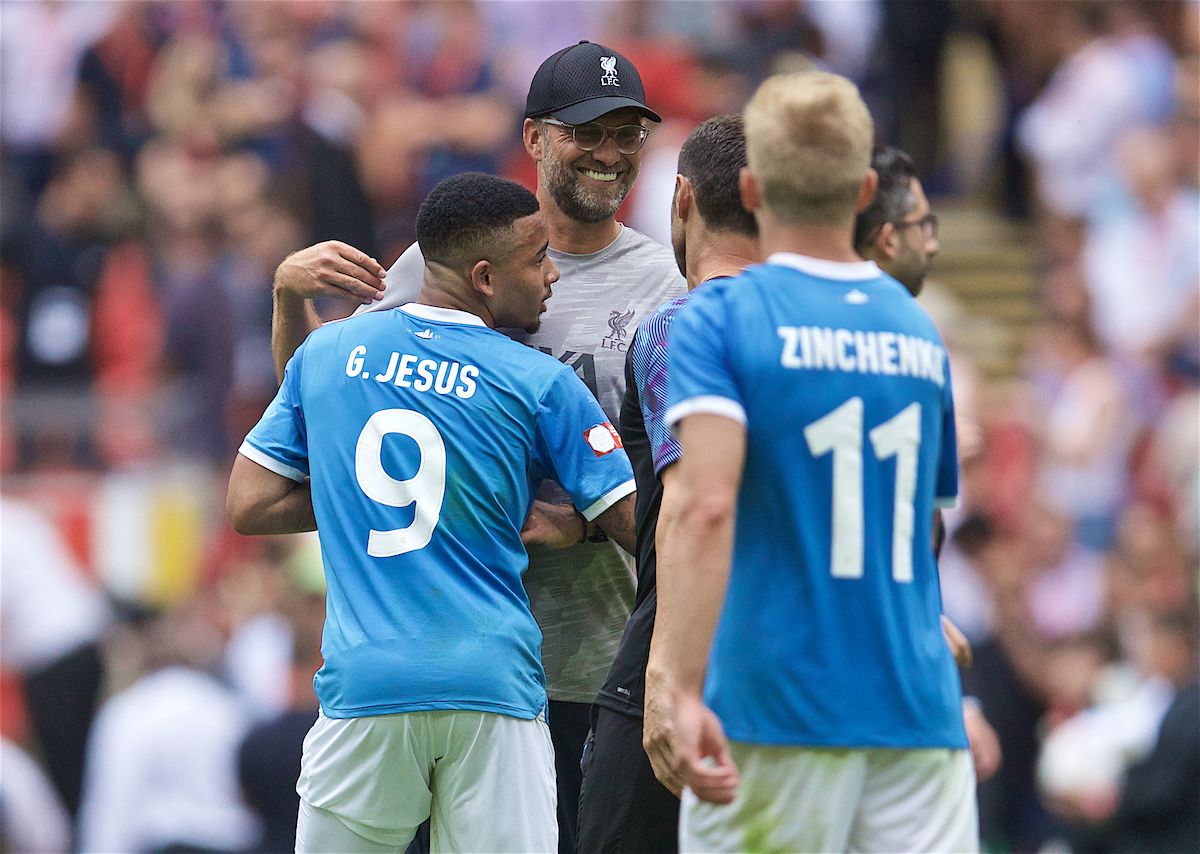 LONDON, ENGLAND - Sunday, August 4, 2019: Liverpool's manager Jürgen Klopp with Manchester City's Gabriel Jesus after the penalty shoot out to decide the FA Community Shield match between Manchester City FC and Liverpool FC at Wembley Stadium. Manchester City won 5-4 on penalties after a 1-1 draw. (Pic by David Rawcliffe/Propaganda)