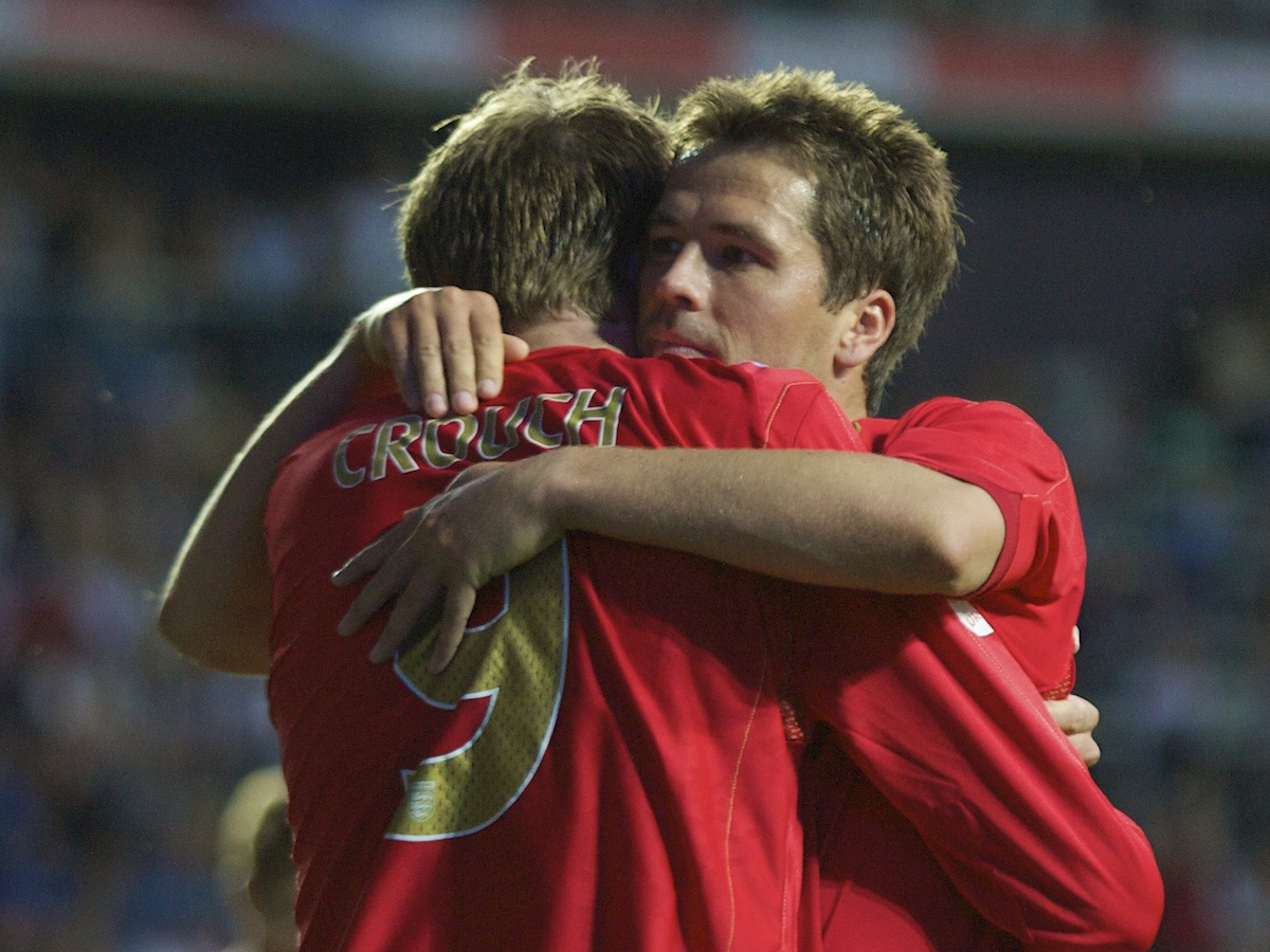 Tallinn, Estonia - Wednesday, June 6, 2007: England's Michael Owen celebrates scoring the third goal against Estonia with team-mate Peter Crouch during the UEFA Euro 2008 Qualifying Group E match at Le Coq Arena. (Pic by David Rawcliffe/Propaganda)