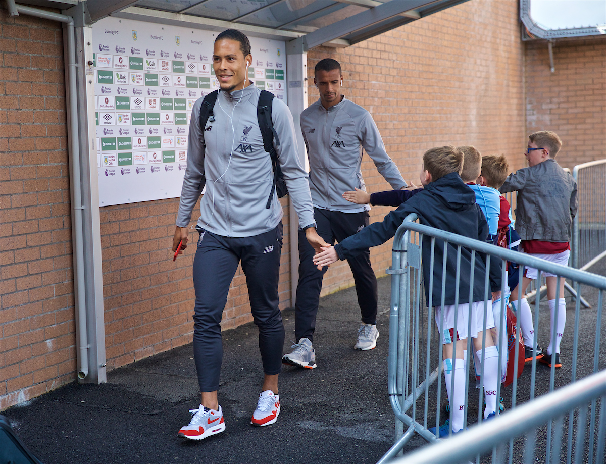 BURNLEY, ENGLAND - Saturday, August 31, 2019: Liverpool's Virgil van Dijk arrives before the FA Premier League match between Burnley FC and Liverpool FC at Turf Moor. (Pic by David Rawcliffe/Propaganda)