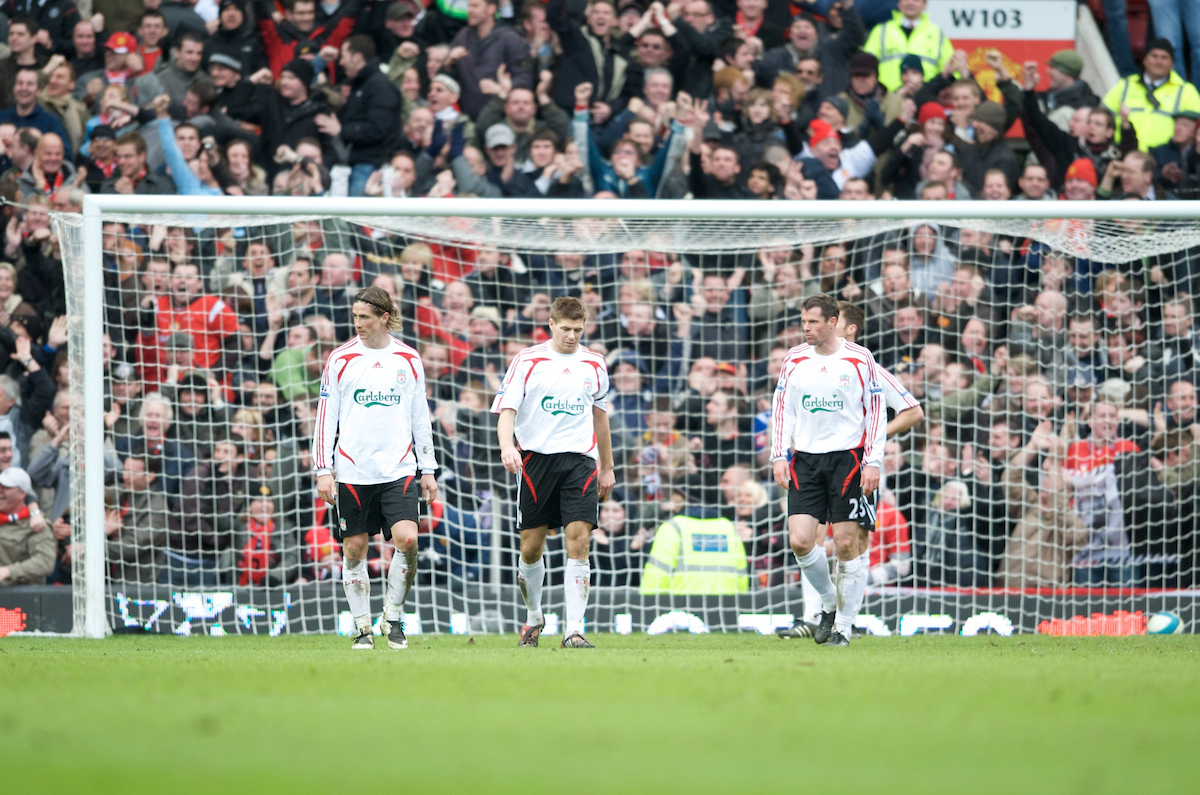 MANCHESTER, ENGLAND - Sunday, March 23, 2008: Liverpool's Fernando Torres, captain Steven Gerrard MBE and Jamie Carragher look dejected after conceding the third goal against Manchester United during the Premiership match at Old Trafford. (Photo by David Rawcliffe/Propaganda)