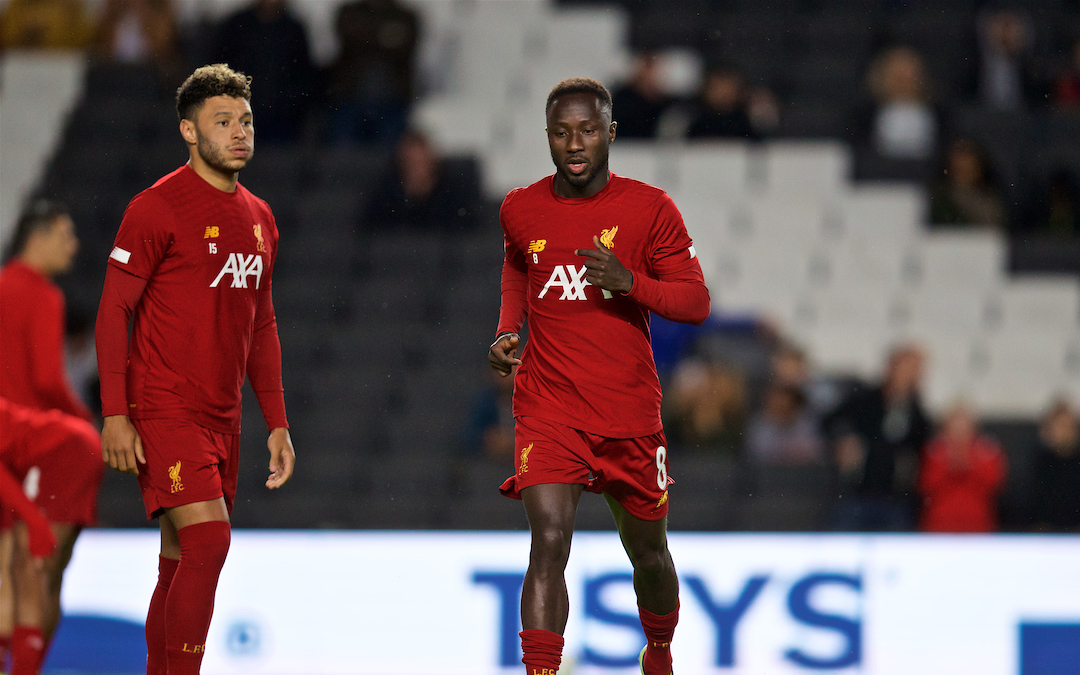 MILTON KEYNES, ENGLAND - Wednesday, September 25, 2019: Liverpool's Naby Keita (R) and Alex Oxlade-Chamberlain (L) during the pre-match warm-up before the Football League Cup 3rd Round match between MK Dons FC and Liverpool FC at Stadium MK. (Pic by David Rawcliffe/Propaganda)