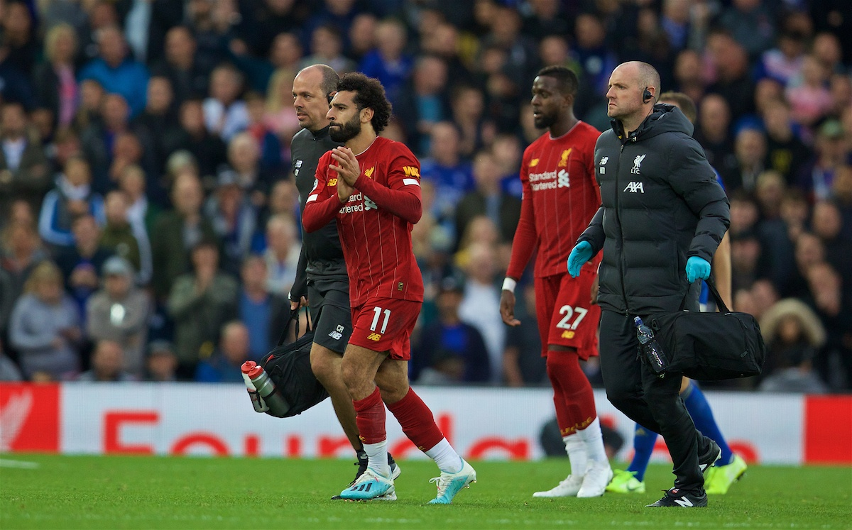 LIVERPOOL, ENGLAND - Saturday, October 5, 2019: Liverpool's Mohamed Salah goes off with an injury during the FA Premier League match between Liverpool FC and Leicester City FC at Anfield. (Pic by David Rawcliffe/Propaganda)
