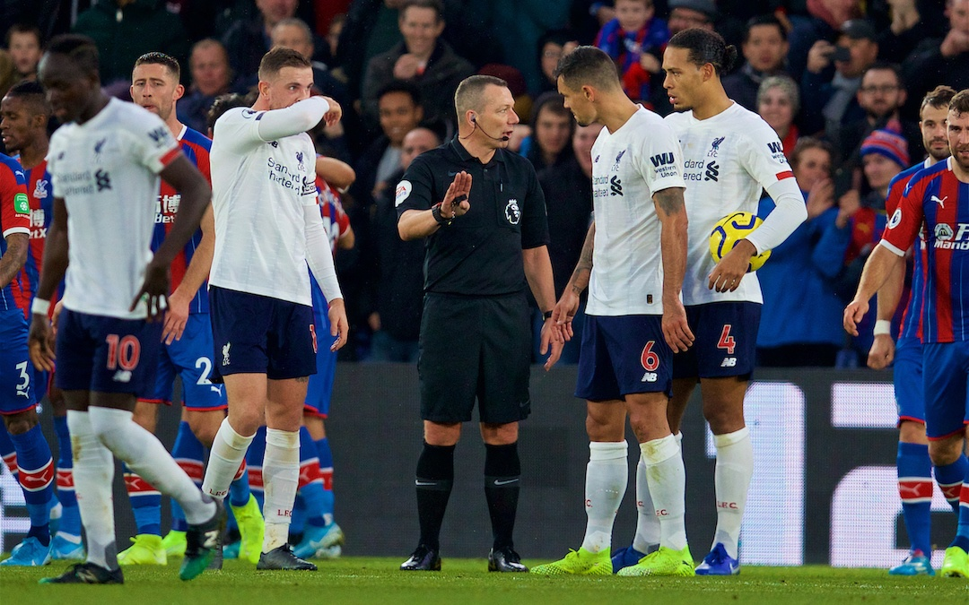 LONDON, ENGLAND - Saturday, November 23, 2019: Referee Kevin Friend waits for a VAR decision on Crystal Palace's opening goal before disallowing it during the FA Premier League match between Crystal Palace and Liverpool FC at Selhurst Park. (Pic by David Rawcliffe/Propaganda)