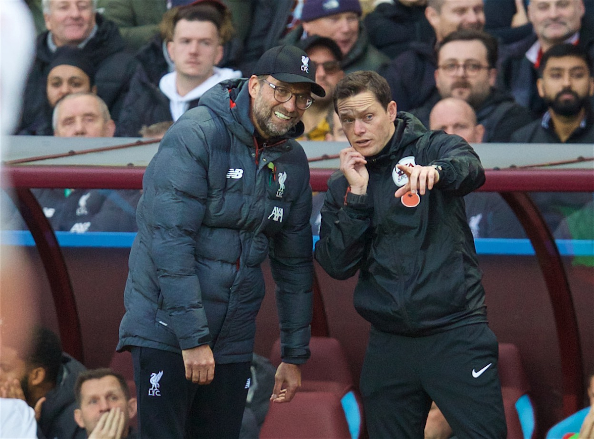BIRMINGHAM, ENGLAND - Saturday, November 2, 2019: Liverpool's manager Jürgen Klopp (L) and the fourth official during the FA Premier League match between Aston Villa FC and Liverpool FC at Villa Park. (Pic by David Rawcliffe/Propaganda)