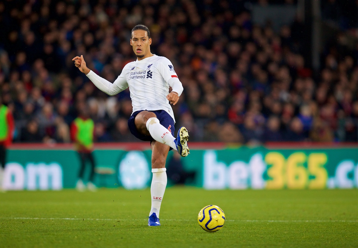 LONDON, ENGLAND - Saturday, November 23, 2019: Liverpool's Virgil van Dijk during the FA Premier League match between Crystal Palace and Liverpool FC at Selhurst Park. (Pic by David Rawcliffe/Propaganda)