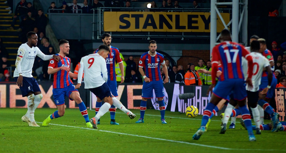 LONDON, ENGLAND - Saturday, November 23, 2019: Liverpool's Roberto Firmino scores the second goal during the FA Premier League match between Crystal Palace and Liverpool FC at Selhurst Park. (Pic by David Rawcliffe/Propaganda)