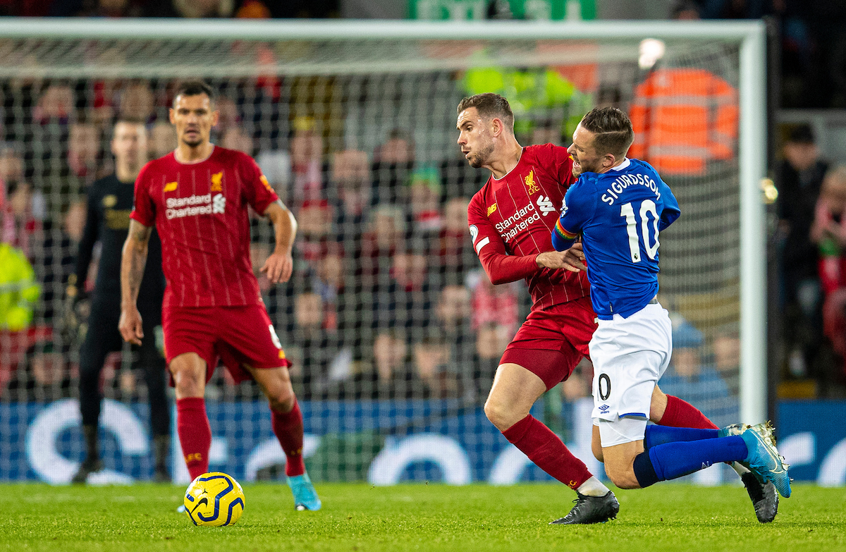 LIVERPOOL, ENGLAND - Wednesday, December 4, 2019: Liverpool's captain Jordan Henderson (L) and Everton's Gylfi Sigurdsson during the FA Premier League match between Liverpool FC and Everton FC, the 234th Merseyside Derby, at Anfield. (Pic by David Rawcliffe/Propaganda)