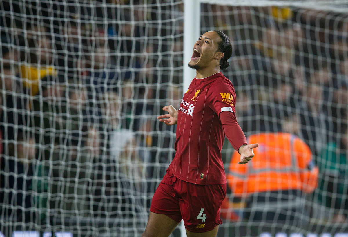 WOLVERHAMPTON, ENGLAND - Thursday, January 23, 2020: Liverpool's Virgil van Dijk celebrates his side's opening goal during the FA Premier League match between Wolverhampton Wanderers FC and Liverpool FC at Molineux Stadium. (Pic by David Rawcliffe/Propaganda)