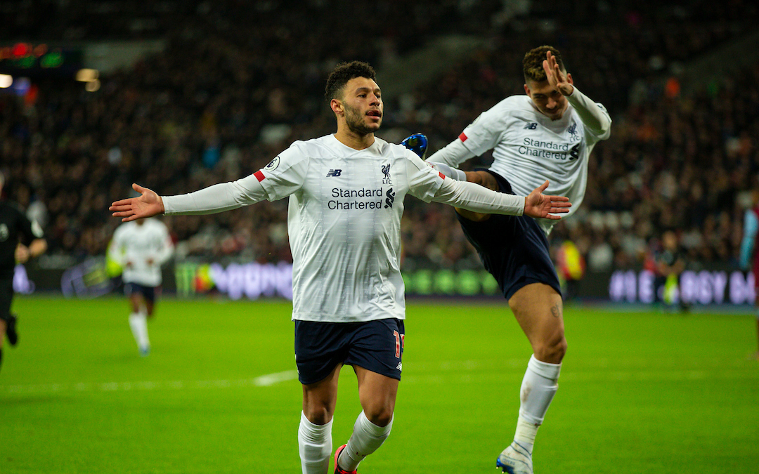 LONDON, ENGLAND - Wednesday, January 29, 2020: Liverpool's Alex Oxlade-Chamberlain celebrates scoring the second goal with team-mate Roberto Firmino (R) during the FA Premier League match between West Ham United FC and Liverpool FC at the London Stadium. (Pic by David Rawcliffe/Propaganda)